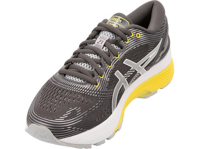 ... su strada  asics Gel-Nimbus 21 scarpe da corsa Donna grigio. asics ... e75f81e6ade